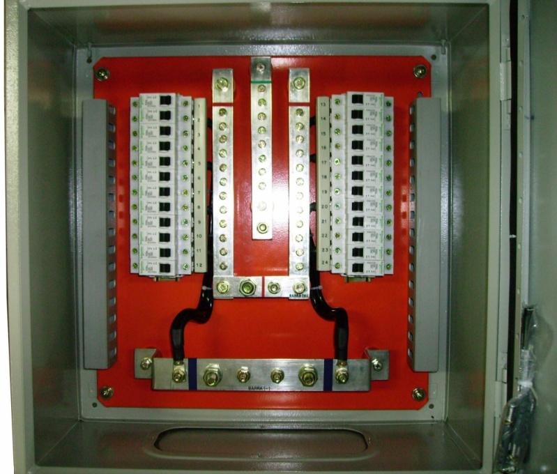 Empresa de Quadro de Distribuição de 22 Disjuntores Minas Gerais - Quadro de Distribuição de 22 Disjuntores